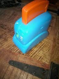toaster kinderküche toaster kinderküche singender toaster kaufmannsladen fisher price