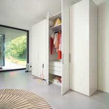 Schlafzimmerschrank Mit Tv Base Kleiderschrank Von Interlübke