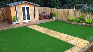 9 advantages of using artificial grass for your lawn