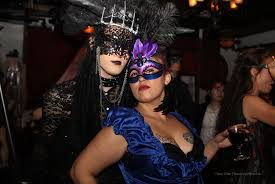 mask party party pics decadence venetian mask frolic hawaii