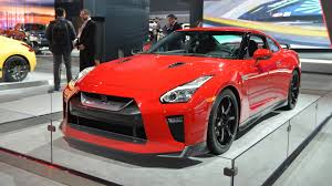 Nissan Gtr Red - nissan gt r track edition appears behind barriers in new york