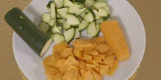 cuisiner des legumes bouillon de légumes facile et pas cher recette sur cuisine actuelle