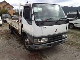 mobil mitsubishi delica roots japan stock