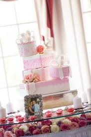 wedding cake gift boxes pin by faucett on wedding cakes cake displays