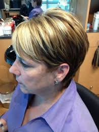 Caramel Hair Color With Honey Blonde Highlights Brown Hair With Blonde Highlights