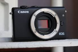 canon eos m100 hands on first impressions amateur photographer