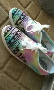 Spray Paint Your Shoes - best 25 waterproof shoes ideas on pinterest waterproof toms