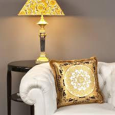 Esszimmerst Le Tchibo Versace Kissen Le Petit Dome Baroque Versace Home Pinterest