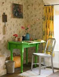 Vintage Cottage Decor shabby chic cottage decor with a beee yoo ti ful colourful chintz