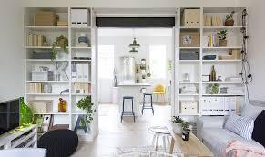 libreria ponte 4 idee per trasformare i mobili ikea pi禮 classici casafacile