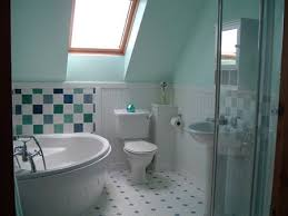 Small White Bathroom Decorating Ideas by