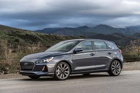 gas mileage for a hyundai accent 2018 hyundai elantra gt hatchback unveiled at chicago auto