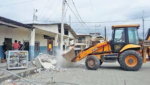 jcb donates 3cx backhoe loader to help quake hit ecuador
