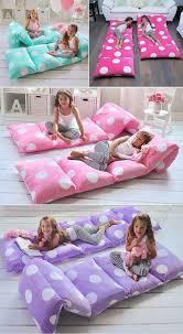 pillow bed for kids de viejos almohadones o almohadas a comodo colchón puff bebe