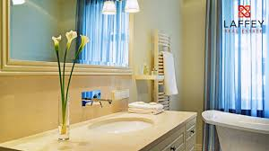 Making A Small Bathroom Look Bigger Home Tip Clever Ways To Make Small Bathroom Look Bigger Youtube