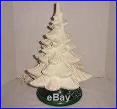 mold ceramic christmas tree music box 16 vintage works no lights
