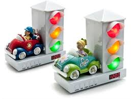 alarm clock that wakes you up in light sleep stoplight alarm clock very visual way to tell your or