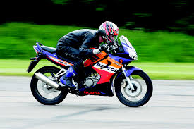 honda cbr 125cc niall u0027s spin 2006 honda cbr125r review visordown