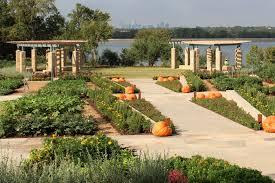 Texas Vegetable Garden Calendar by Dallas Arboretum Unveils Activity Calendar For A Tasteful Place