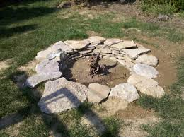 build backyard fire pit modern decoration rock fire pit pleasing how to build a stone fire