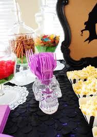 disney halloween party ideas my simple modest chic disney villains party descendants silhouettes