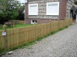 cloture jardin bois cloture de jardin en bois grille jardin chromeleon