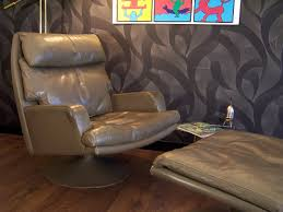 Large Swivel Chairs Living Room Large Vintage Leather Swivel Chair And Ottoman From Akwita 1970s