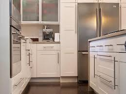 Uberhaus Kitchen Faucet Leather Stools Gloss Floor Silestone Minerva Cream Cabinets To