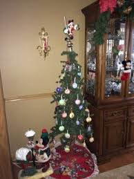 Disney Decorations For Christmas Tree by 21 Awesome Themed Christmas Trees To Decorate Your Home
