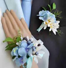 wrist corsage supplies 12 best wrist corsages images on wedding bouquets