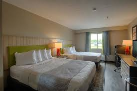 3 Bedroom Hotels In Orlando Book Best Western Edinburgh Columbus Columbus Hotel Deals