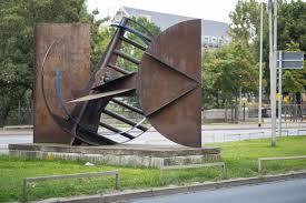 ex machina summary file sculpture deus ex machina bernhard heiliger leibnizufer hanover