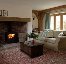 Cottage Living Room Designs by Best 25 Cottage Fireplace Ideas On Pinterest Living Room Fire