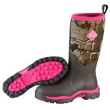 womens boots in s sizes muck boots s woody max realtree xt pink camo wdw 4rtx all