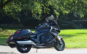 2018 bmw k1600b review first ride motorcycle com