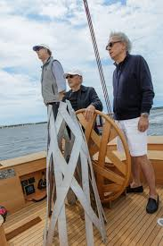 Frank Gehry by Frank Gehry Designed First Yacht Is All About Romance Pursuitist