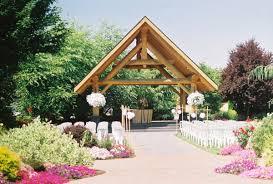 log house garden outdoor wedding venue pictures
