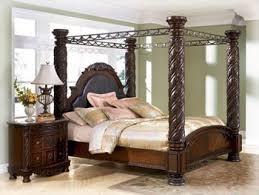 Wood Canopy Bed Shore King Canopy Bed In Wood