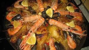 cuisiner une paella paella royale recette par cuisine com