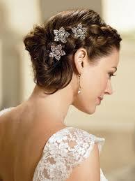 fleurs cheveux mariage coiffure de mariage et bijoux de cheveux 55 idées tendance