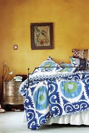 What Colors Go With Yellow Bedding Set Endearing What Color Walls With Grey Bedding