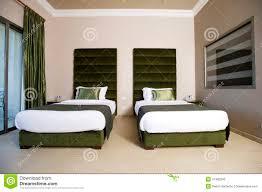 type de chambre d hotel chambre à coucher luxueuse d hôtel avec des balcons chambre à