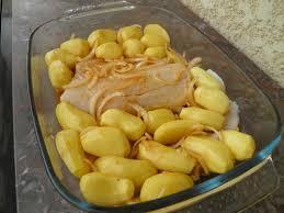 cuisiner de la morue plat complet morue rôtie au four aux pommes de terre bacalhau