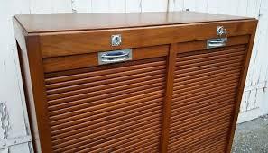 meuble classeur bureau classeur a rideau bois meuble classeur rideau bureau bois vintage
