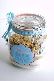 picture of cookies in a jar favor
