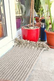 How To Make An Outdoor Rug Diy Outdoor Rug Made With Rope Tip Junkie
