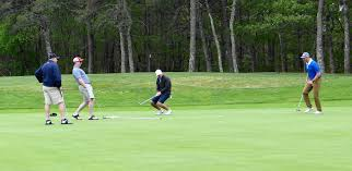 harwich police associate hold charity golf tourney