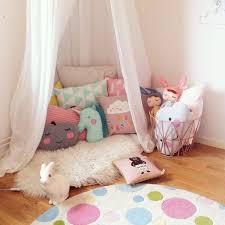 sofa fã r kinderzimmer 94 best kinderzimmer images on baby tent childrens