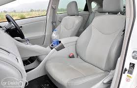 toyota prius legroom toyota prius pictures see interior exterior toyota prius photos