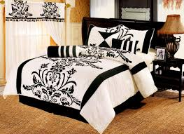 Traditional Bedding Bedroom Cool Traditional White Bedding With Black Trim For